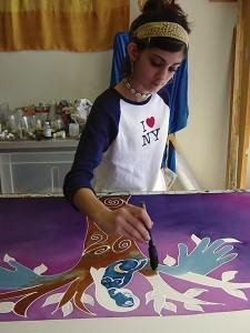 A young tallit maker. Photo: Nancy Katz