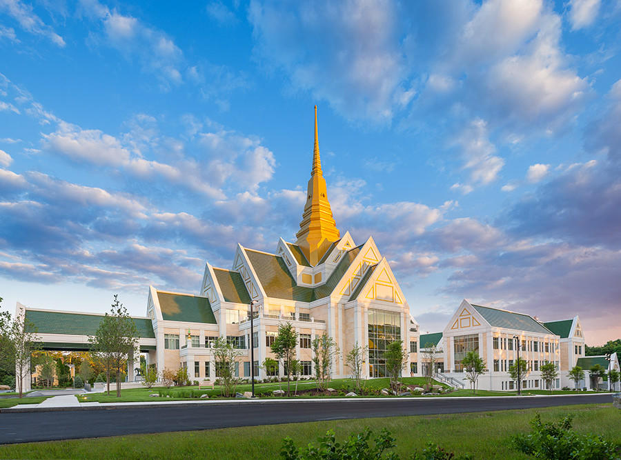 The design of the NMR Meditation Center brings together Eastern and Western design influences in a New England setting.